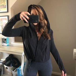 Lululemon Long Sleeve / Sweater